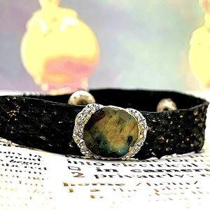 Matana handmade labradorite leather bracelet